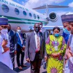 Buhari Wears Face Mask for the First Time